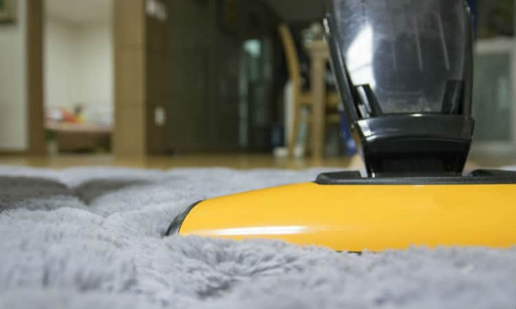 How Carpet Cleaning With Hot Water Extraction is Done